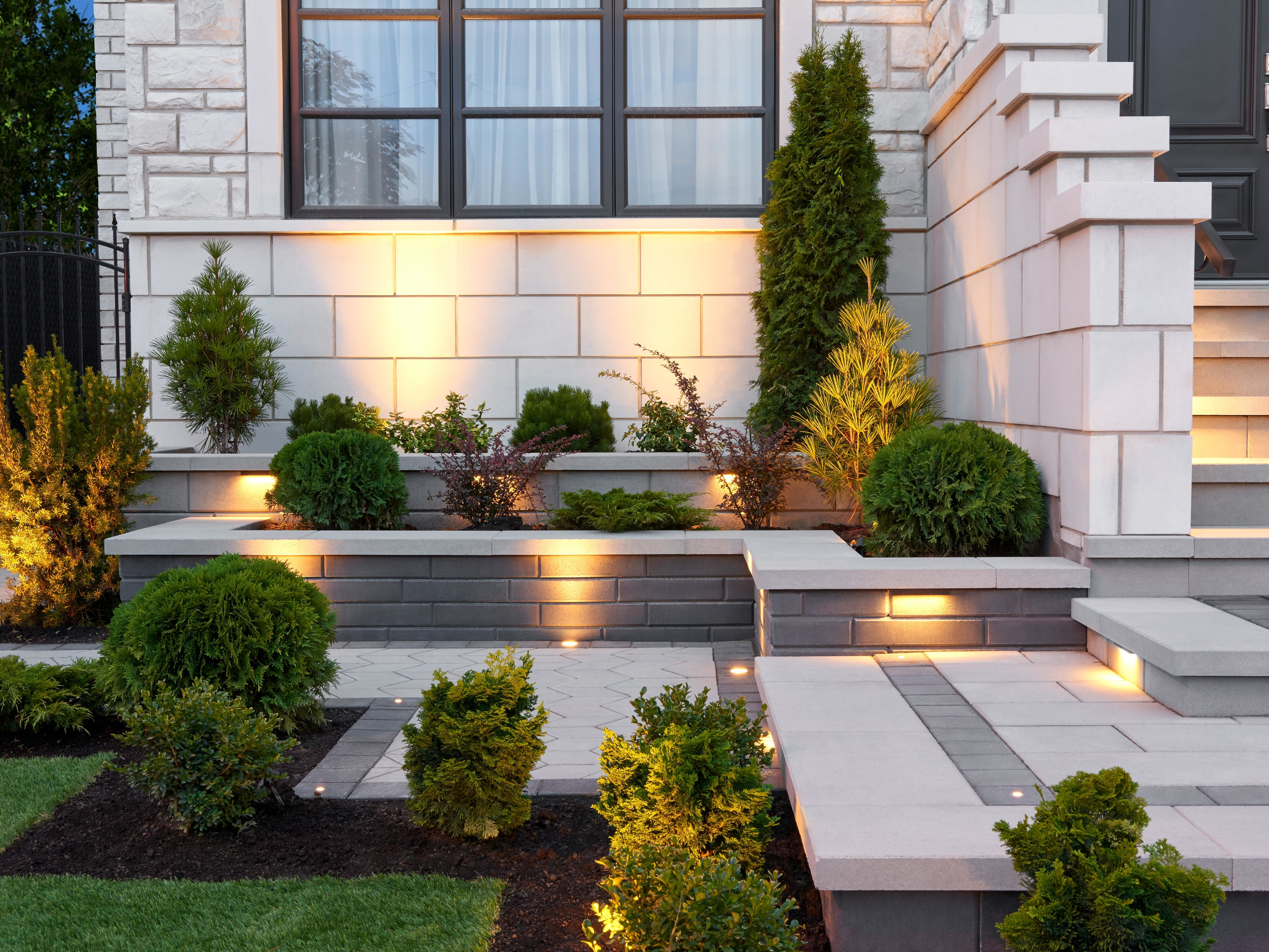 Industria pavers in Greyed Nickel