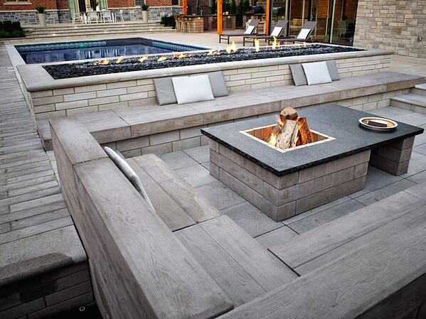 fire-feautire-as-coffee-table