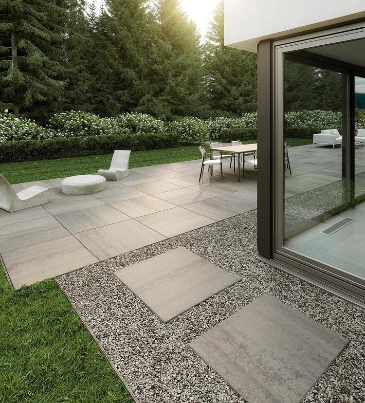 Industria paver in Shale Grey