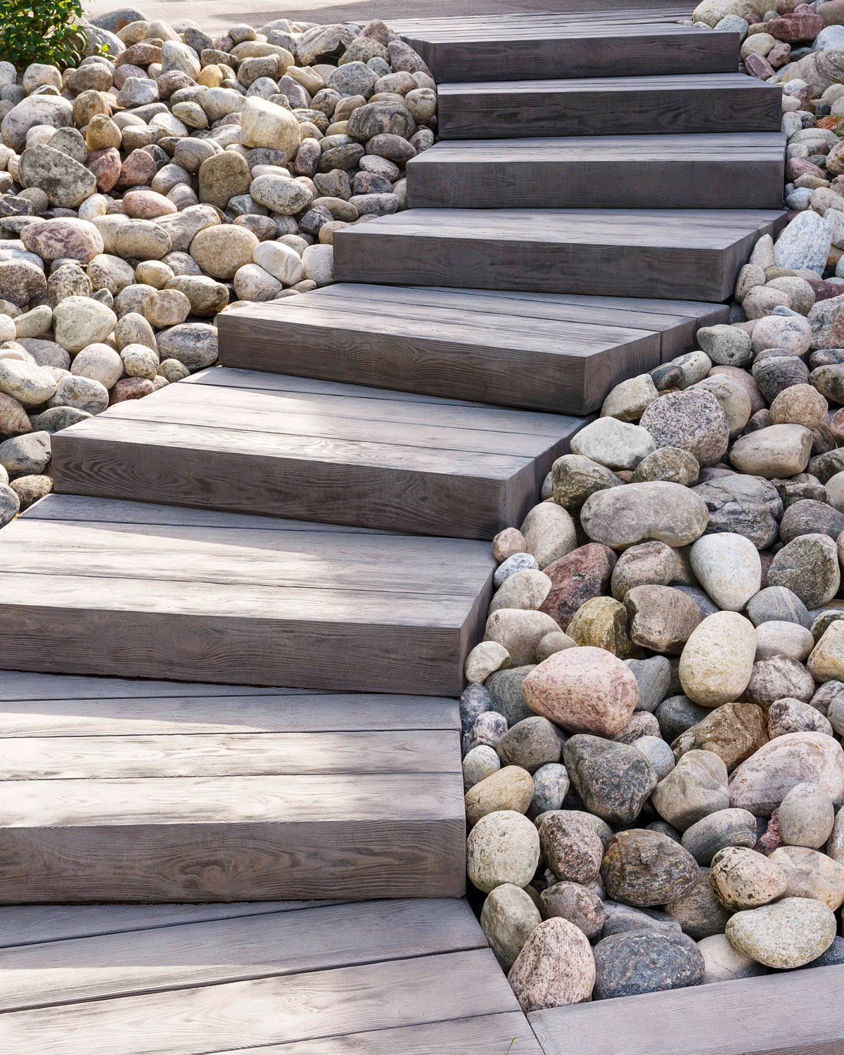 Our wood look-alike Borealis stone steps