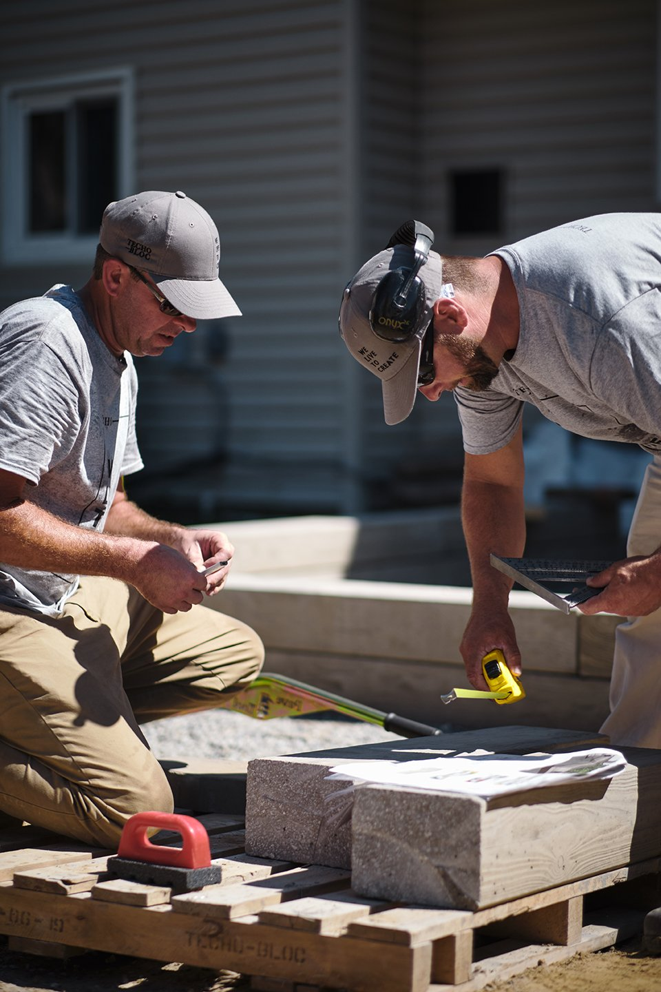 Our Techo-Pros are certified and skilled landscape professionals that you can count on to get your outdoor project done.
